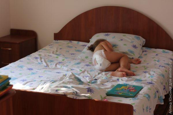 ребенок спит картинки
