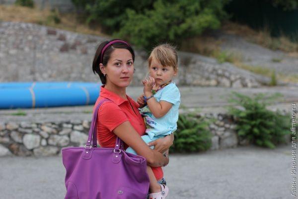 малыш и мама