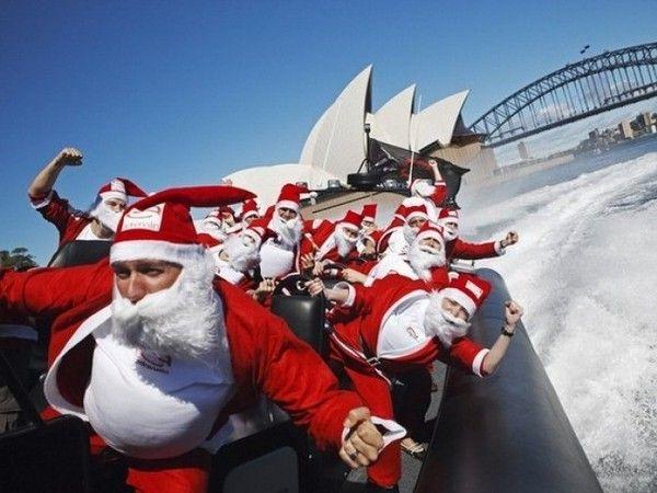 В Австралии как известно все наоборот: зимой тепло, как летом. Поэтому Новый год здесь встречают на пляже или на городских улицах.