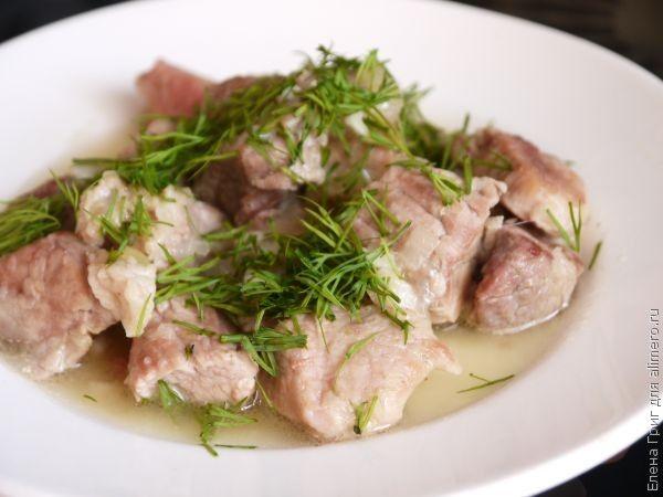Свинина кусочками тушеная рецепт