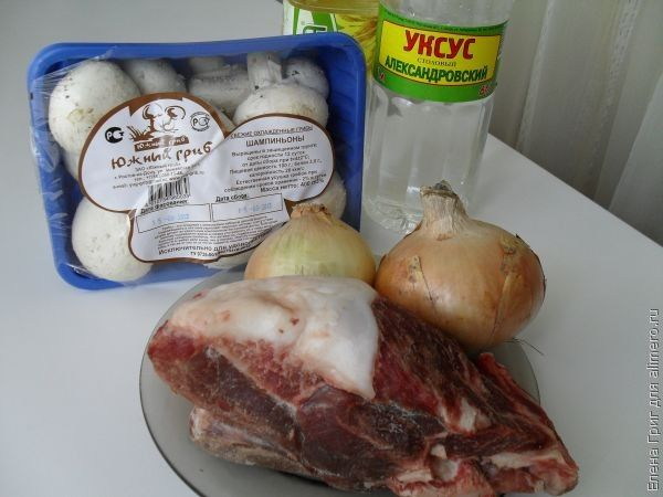 Рулетики из свинины с сыром – кулинарный рецепт