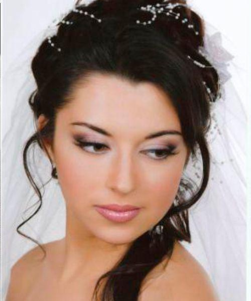 Свадебный макияж романтического стиля / Косметика и красота