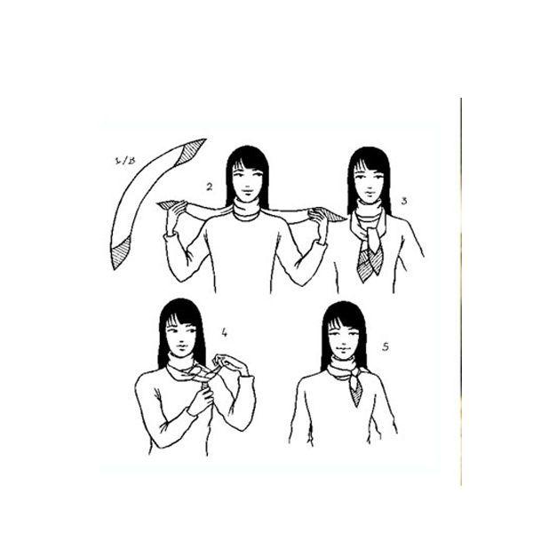 Небольшой и нейтральный шарф станет удачным дополнением и смягчением колористики ансамбля.