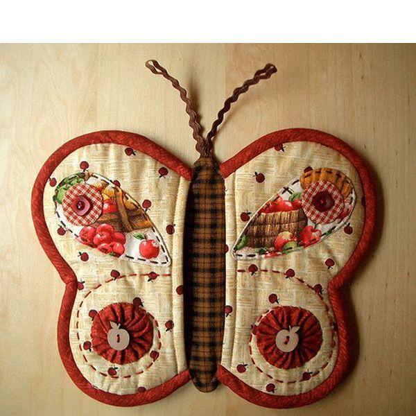 Выкраиваются детали для внешней и для внутренней стороны бабочки. Также нужно выкроить подкладку.