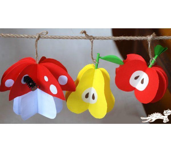 Такие яркие поделки можно использовать как самостоятельное украшение или часть гирлянды, которая прекрасно подойдет для украшения музыкального зала в детском саду на время утренника.