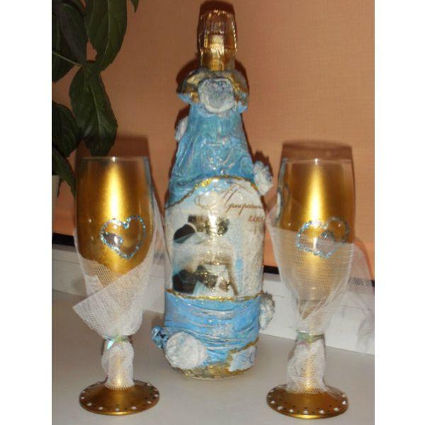 Если вы хотите чтобы ваша свадьба стала особенной, сделайте свадебные бокалы своими руками. Либо, если вы приглашенный гость, можете сделать такие бокалы в качестве подарка для молодоженов.