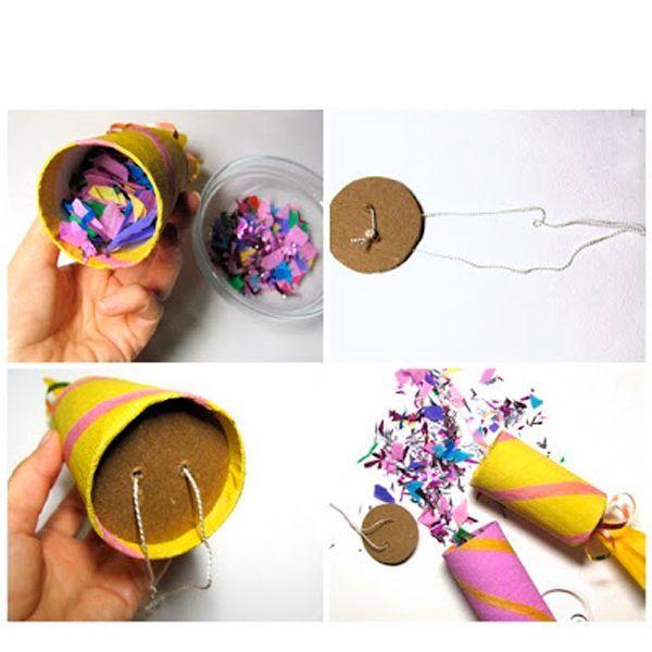 Для начала обклеиваем цилиндр цветной бумагой так, чтобы с одного его края осталась бумага для завязки.  Перевязываем бумагу на длинном конце рулончика ленточкой. Украшаем шляпку по своему вкусу.