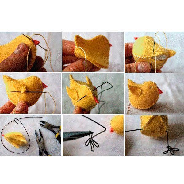 Чтобы сделать лапки, необходима тонкая, но жесткая проволока. С помощью инструментов придайте ей необходимую форму, после чего вставьте в заготовку птицы.