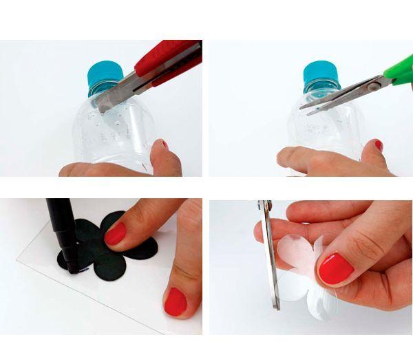 Разрежьте бутылку, вырежьте из нее цветок небольшого размера. Можно использовать трафарет.