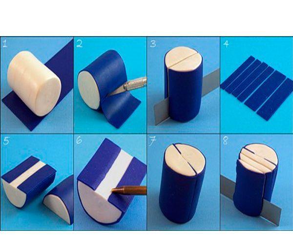 Цилиндр из белой глины нужно покрыть тонким слоем синей глины. Разрезать так, как показано на фото.