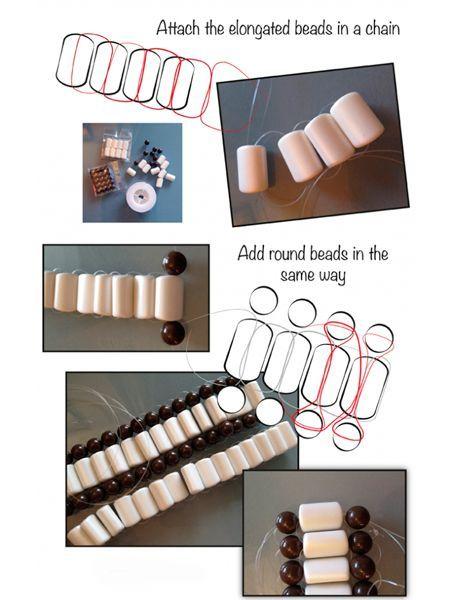 Из бусин сплетите дорожки, как показано на фото. Для этого вам понадобится или прочная нить, или леска. Отложите их в сторону и возьмите купальник.