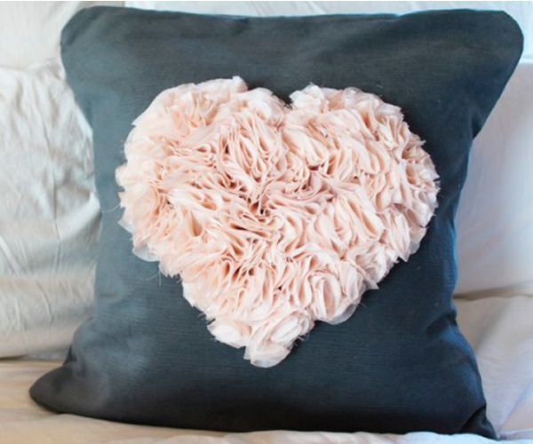Оригинальные текстильные подушки, идеи.