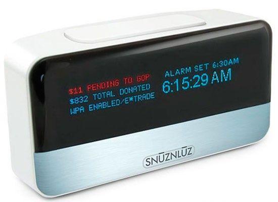 Этот будильник соединяется через Wi-Fi с вашим счетом в банке, жертвуя организации определенное количество ваших реальных денег каждый раз, когда вам захочется ещё немного подремать=)