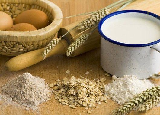 Комбинируйте пшеничную муку с другими видами муки: гречневой, пшенной, овсяной и т. д. Это улучшит вкус печенья и кексов и сделает их полезными.