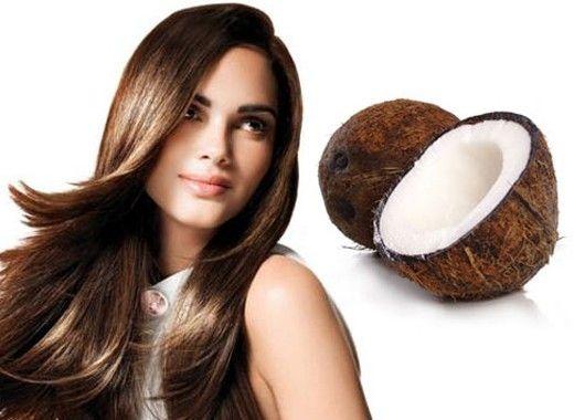 Увлажнение волос. Быстрый рецепт маски для волос: смешайте кокосовое масло с медом, нанесите на волосы, подержите 40 минут и смойте с помощью своего обычного шампуня. Вы также можете предотвратить появление секущихся кончиков волос, нанеся на них немного кокосового масла перед каждым мытьем головы.