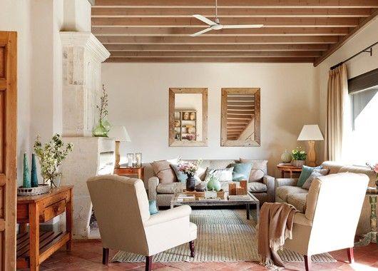Все в уютной квартире должно гармонировать друг с другом, дополнять, создавая эффект картины, общий фон которой уже понятен, но осталось внести штрихи для ясности и яркости красок.
