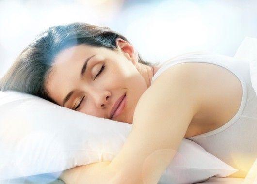 Если вы не будете получать достаточно сна, ваша продуктивность на работе может существенно снизиться. Рекомендуется спать около 7-9 часов.