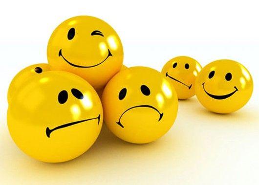 Очень эффективное упражнение – посмеяться от души просто так, без причины. Это не является признаком дурачины, это только показывает, что вы любите себя и свою жизнь. Включите таймер и смейтесь минимум 15 секунд. Постепенно увеличивайте время. Когда сможете просто так смеяться 5 минут, Вы почувствуете невероятное освобождение, и вряд ли когда-то еще будете расстраиваться по пустякам.