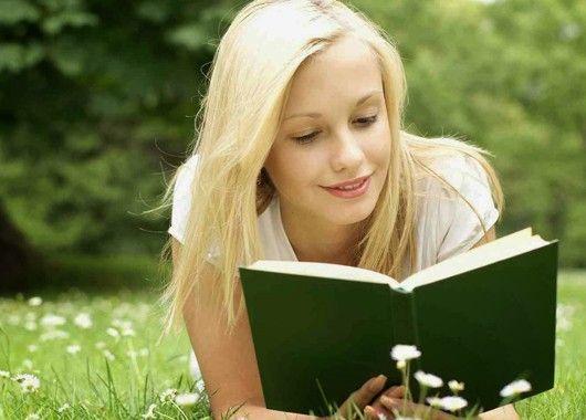 В мире написано столько интересных книг, которые захватывают дух, а читать их в таком бешеном темпе некогда. Если отпуск летом, возьмите книгу и пойдите куда-нибудь на природу, или на балкон, и погрузитесь в чтение.