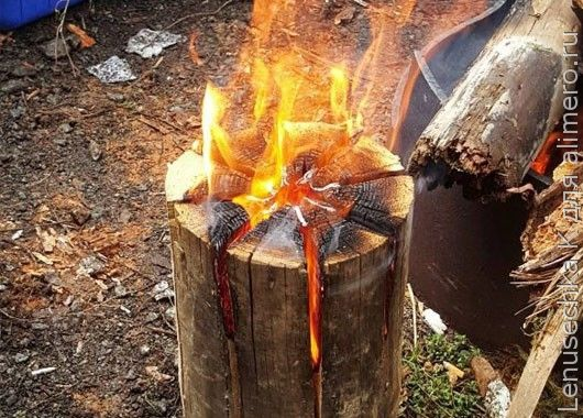 Шведская свеча — костер из одного полена, который горит несколько часов. И еще на нем очень удобно готовить — прямо как на плите.