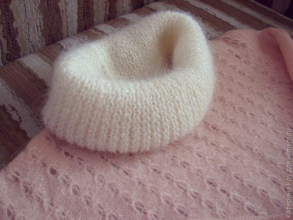 Добавляем хомут и удлиняем рукава у свитера