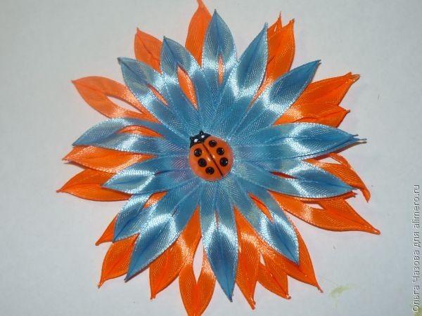 Ободок с цветком из ленты