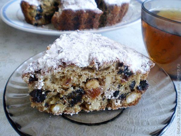 Пирог с черносливом и курагой рецепт