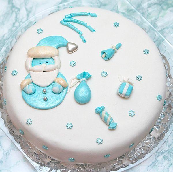 Необходимо в качестве основания использовать сухие бисквиты, масляные торты или покупные бисквиты. Не стоит слишком усердствовать, пропитывая торт сахарным сиропом или ликером.