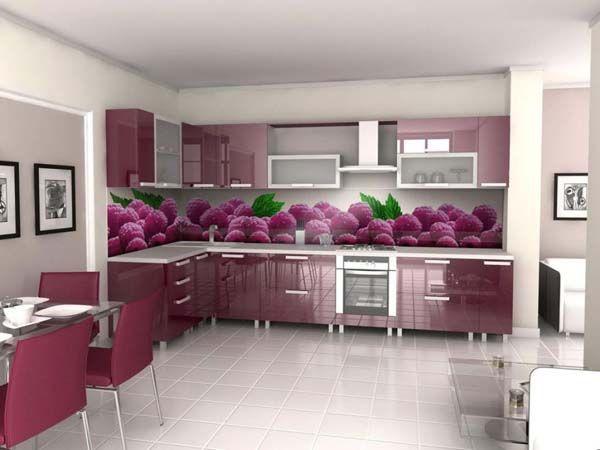 Если состояние шкафчиков не вызывает нареканий, вы можете просто заменить фасады на своем кухонном гарнитуре. Или перекрасьте их.