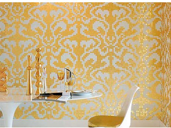 В целом мозаика в кухне очень красиво смотрится, особенно если правильно подобран рисунок или цвет плитки. Также она должна гармонировать со всем интерьером кухни, особенно с ее цветовым решением.
