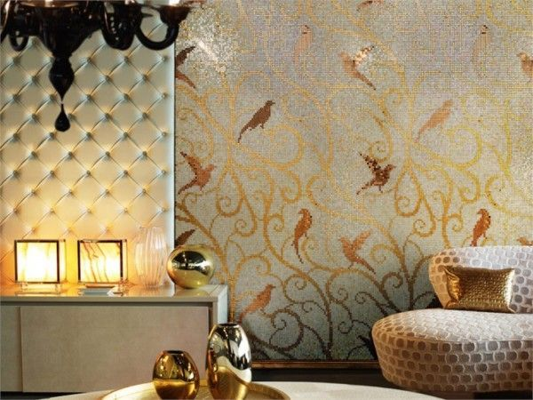 Для стен и пола в ванной обычно используют керамическую и стеклянную мозаичную плитку. Для пола плитка и для стен может быть матовой, глянцевой, однотонной и с орнаментом. Цвет мозаичных стен может быть подобран идеально к отделке пола или, наоборот, сделать более контрастным.