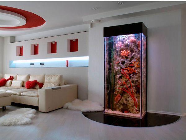 Что касается изменчивой тенденции, то на сегодняшний день наиболее популярна морская тематика: использование большого количества водорослей, кораллов, искусственных морских декораций.