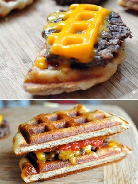 4. Из несладких вафель можно приготовить вкусный гамбургер.