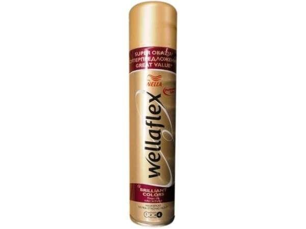 12. Если нашатырь не поможет устранить пятно, брызните на ткань лаком для волос, а затем тщательно промойте одежду в теплой воде.