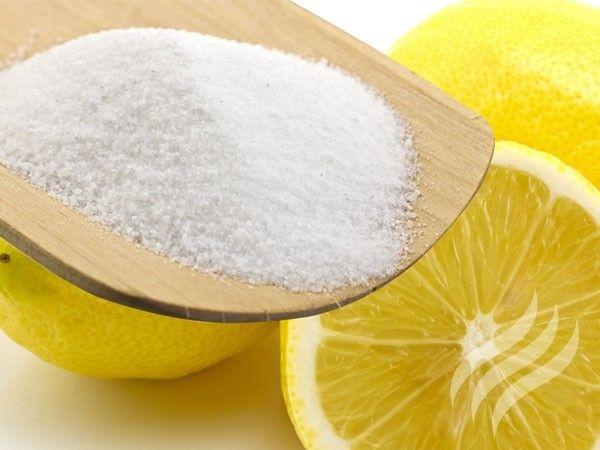 9. Используя раствор лимонной кислоты, вы избавитесь от чернильных пятен с окрашенных хлопковых и шерстяных тканей.