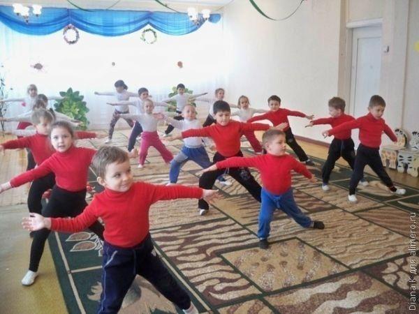 Как помочь ребенку привыкнуть к новому коллективу