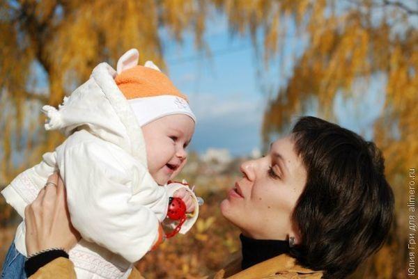 Держать ребенка на руках совсем не страшно