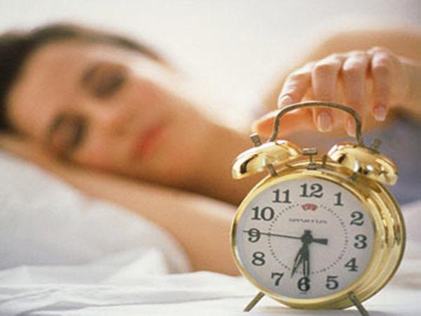 Высыпайтесь. Хороший ночной сон, во время которого увеличивается уровень гормона мелатонина, улучшает работу иммунитета и помогает бороться со стрессом – главным врагом здоровья.