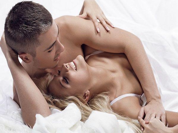 Прерванный  половой  акт. Эффективность – 80%. Этот  метод  крайне  ненадежен  по  двум  причинам – сперматозоиды  у  мужчины  иногда  находятся в уретре  и  выделяются  до  акта   семяизвержения,  кроме  того  не  все   мужчины  могут  вовремя  остановиться.