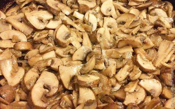 несладкая выпечка с грибами