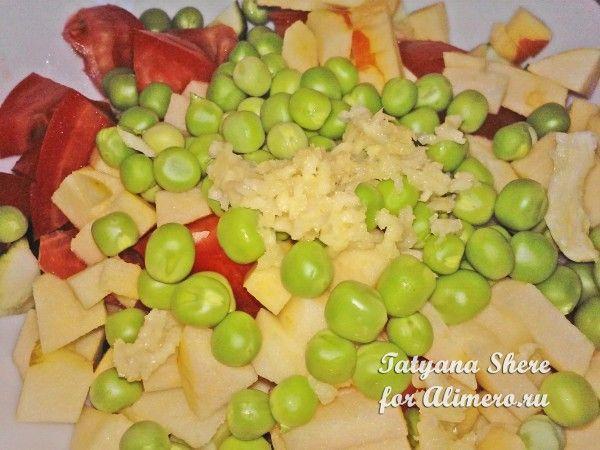 Салат с зелёным горошком