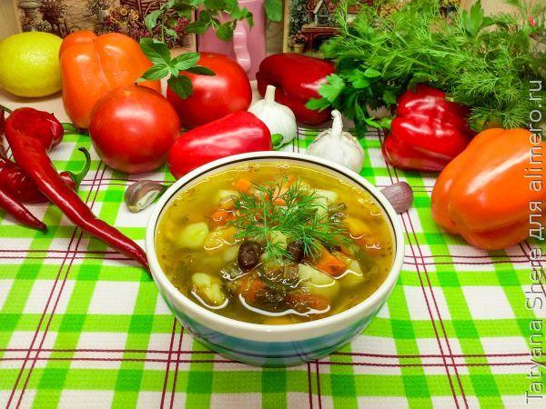 Суп с фасолью и запеченным перцем