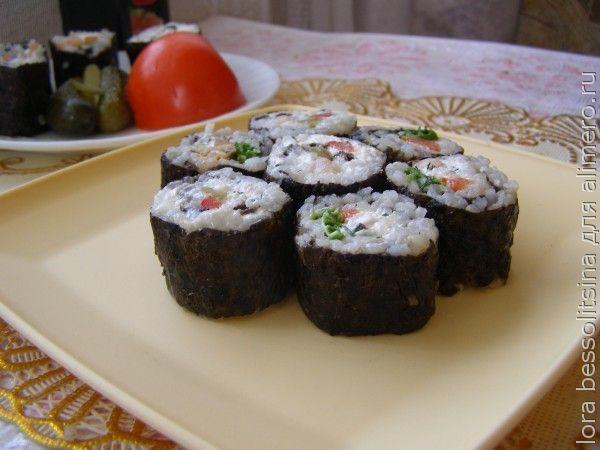 роллы с морепродуктами