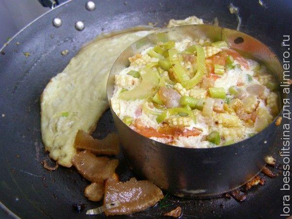 яичница с мини-кукурузой, жарим