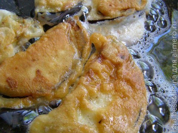 овощи и курица в кляре, жареные баклажаны