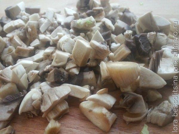 курица с овощами и грибами, грибы