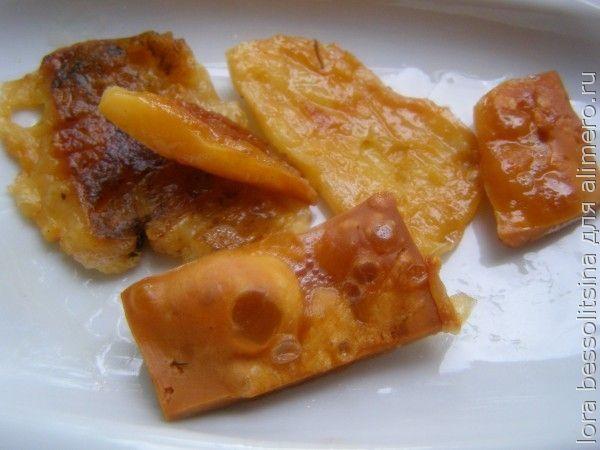омлет, чипсы сырные