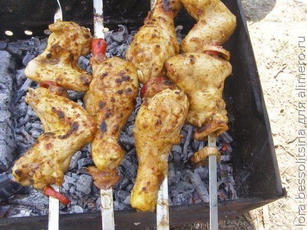 шашлыки куриные, на костре