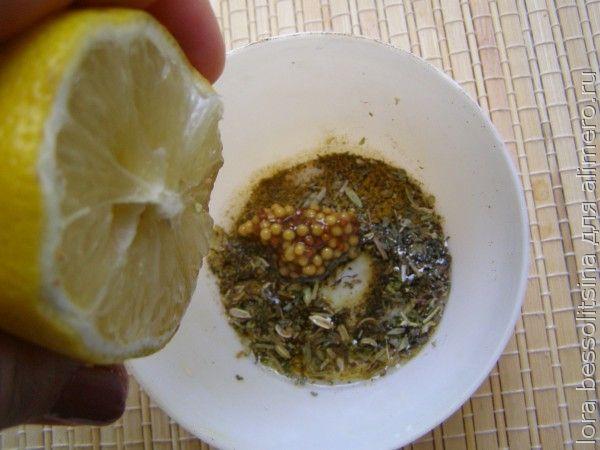 шашлычок в беконе, сок лимона
