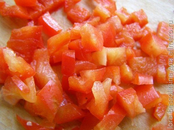 салат с копченой колбасой, перец болгарский